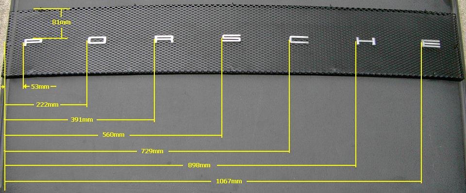 Anordnung Porsche Schriftzug auf der Motorklappe des Porsche 914